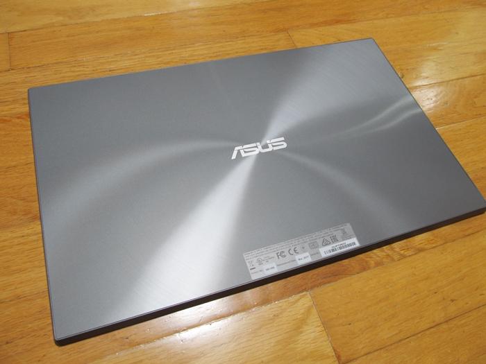 ポータブルモニター ASUS MB168