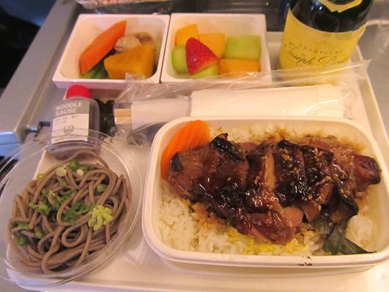 JALプレミアムエコノミー機内食