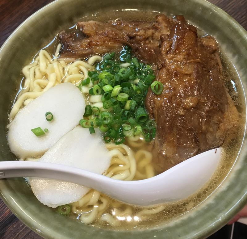 手打ち麺の沖縄ソバ  スープ編のイメージ写真