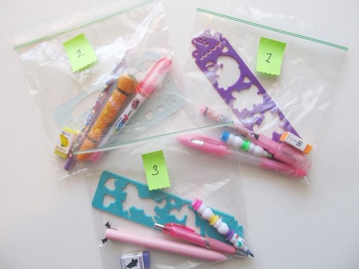 子連れで飛行機に乗るときのアイディア14の 1.おもちゃを何パターンかパックに分ける画像