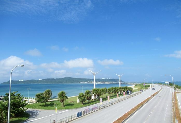 【待ち時間なし】沖縄でレンタカーを当日サクッと借りる方法!おもろまちがいいよのイメージ写真