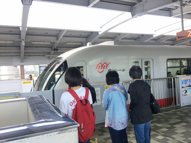 沖縄 レンタカー 待たない