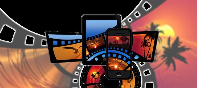 国際線のフライトを快適にすごす持ち込みアイテム7選 その他のアイディア  みたい動画をデバイスに入れて持ちこむ イメージ画像