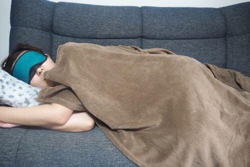 在宅勤務 眠くなる 対策